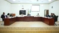 Câmara de Batayporã regulamenta emenda para antecipar 13º de servidores