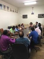 Comissão de Vereadores durante reunião com lideranças do movimento sem-teto de Batayporã